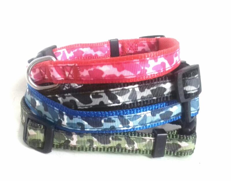 Nylon puppy halsband camouflage   Groen, zwart, roze, blauw
