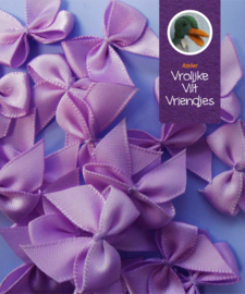 Strikjes  donker lila 3 stuks