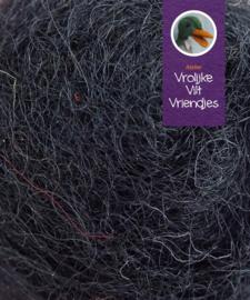 Gekaarde bheda wol zwart