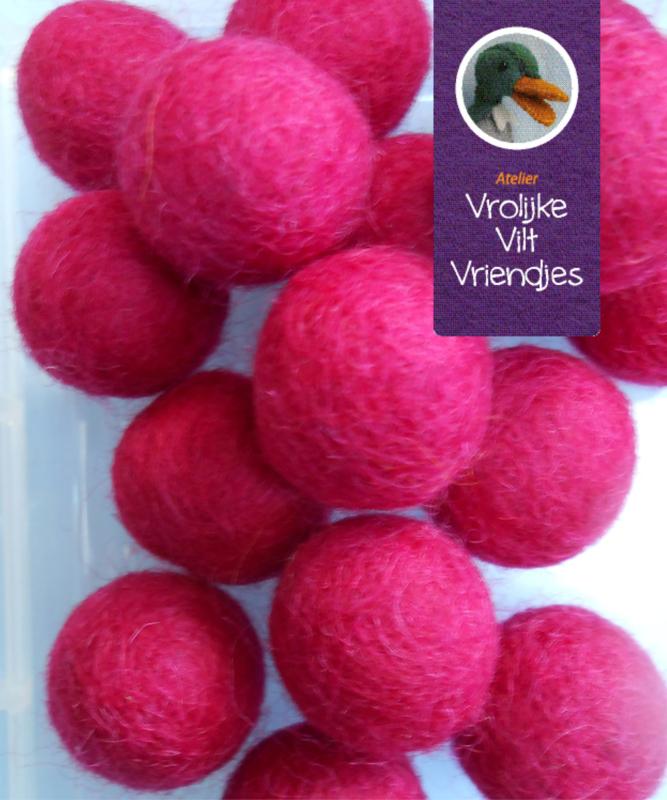 Wolbal donker roze