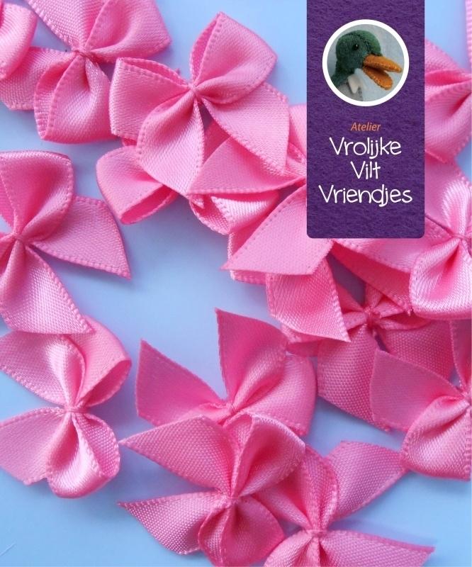 Strikjes roze 3 stuks