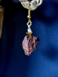 293 Paars rode, goud gespikkelde Pyriet
