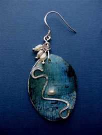 306 Blue painting in earring