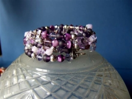 A242 Prachtige armband met Amethyst