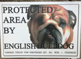WAAKBORD PROTECTED BY ENGLISH BULLDOG