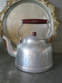 Oude Franse aluminium theeketel waterketel, gemerkt Tournus