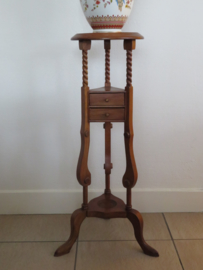 Oude Engelse houten piedestal plantentafel, 86 cm