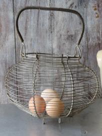 Oude Franse metalen eiermand draadmand