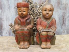 Stel oosterse aziatische houten beelden, man en vrouw