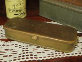Oud koperen tabaksdoosje lepeldoosje