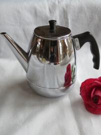 Oude verchroomde koffiepot, gemerkt Benraad
