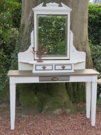 Brocante kaptafel met kantelbare spiegel