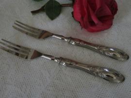 Zilveren gebakvorkjes, 3e gehalte zilver (800), set van 2 stuks