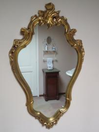 VERKOCHT Oude barok spiegel in goud lijst, 70 x 43 cm