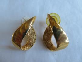 Vintage oorbellen oorstekers goud