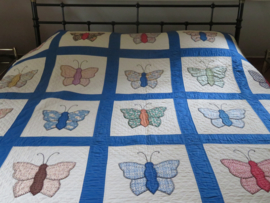 VERKOCHT Oude Amerikaanse patchwork quilt uit 1936, 200x240cm