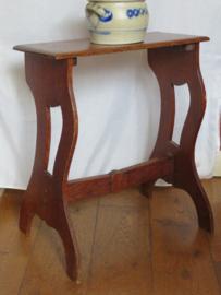 Antiek eikenhouten knielbankje / bijzettafeltje