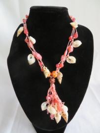 Vintage roze halsketting met schelpen