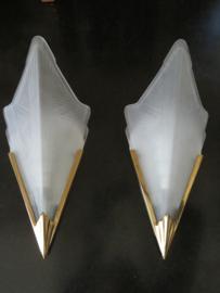 Vintage wandlamp gematteerd glas en messing