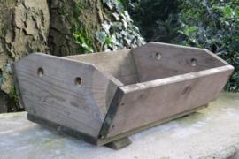 Oude houten aardappelkist / mangelbak