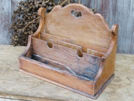 VERKOCHT Oude Franse houten brievenhouder brievenstandaard