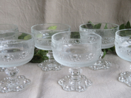 Vintage ijscoupes / champagne coupes frosted glass, set van 6 stuks