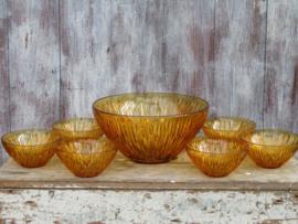 Oude amberkleurige glazen schalenset, 7-delig