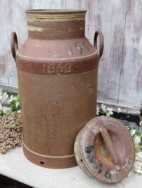 Oude zinken melkbus uit 1969, ca. 30 liter