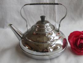 Oude verchroomde theeketel theepot, gemerkt APKO