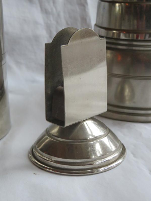 Art Deco zilverkleurige metalen luciferhouder