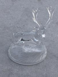 Glazen beeld hert