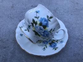 Koffiekopje  blauwe bloem Royal Windsor England