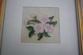 Lijstje roze bloemen