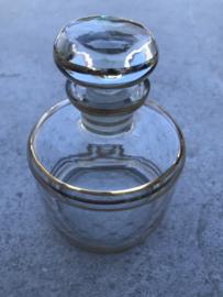 Bewerkt glazen flesje