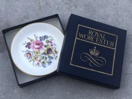 Engels (petitfour) schaaltje Royal Worcester bloem