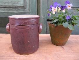 Brocante aardewerk pot met deksel