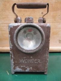 Frans oude lantaarn van Wonder Agral met handvat in de breedte