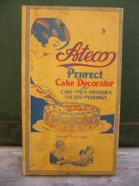Vintage cake decorating set van het merk Ateco
