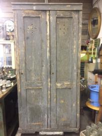 Oude houten lockerkast
