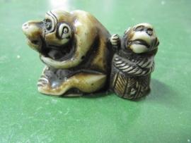 Oud japans beeldje