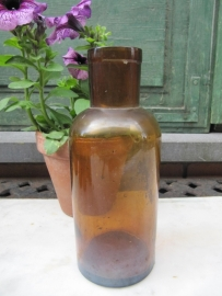 Antieke bruine apothekers fles 610 ml