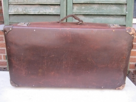 Leather suitcase on wheels 1920