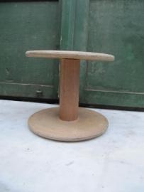 Oude Franse houten garenklos