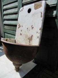 Gietijzeren fonteintje / waterbakje