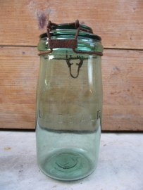 Old French jar- or stock pot with bracket L`Ideale