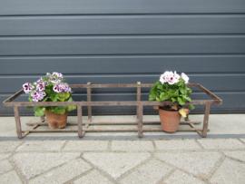 Brocant metal planter