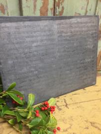 Antieke drukplaten voor een muziekstuk  in lood geëtst