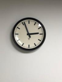 Grote oude industriële ronde klok