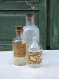 set 3 stuks oude apothekersflessen