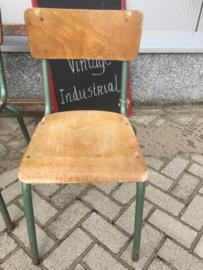 Krukjes en stoelen